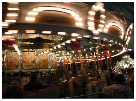 Spinning_carousel_sm_2