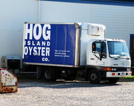 Hog_island_oyster_blue_truck